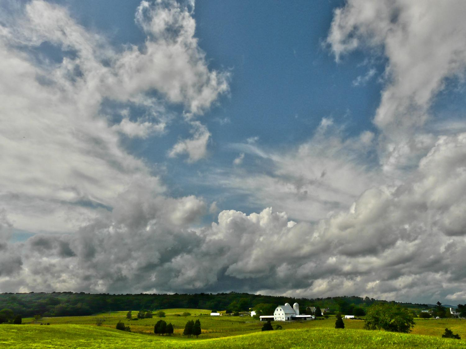 view Avalon Farm in Warrenton Virginia, view from Bucklands Farm market scene with barn and large vista - <On our way to Warrenton - Techno-Impressionist Museum - Techno-Impressionism - art - beautiful - photo photography picture - by Tony Karp